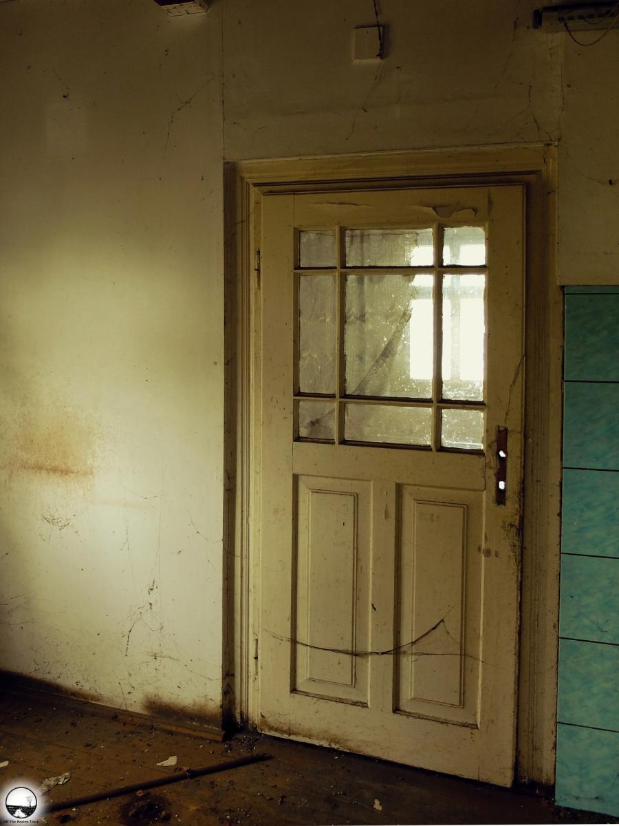 Abandoned house - 27